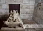 Arca Tumular Românica