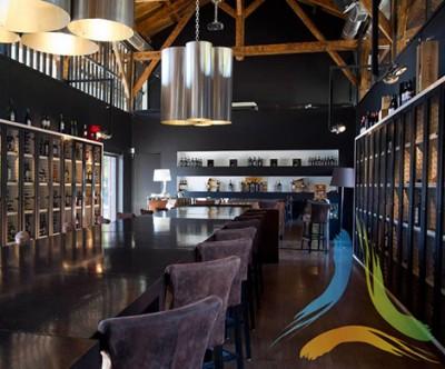Castas & Pratos – Restaurante | Wine Bar | Lounge | Gourmet | Wine Shop